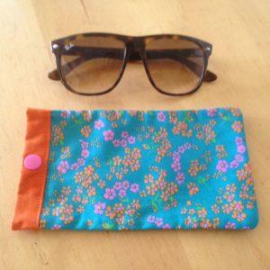 Maman cactus, coton, fait main, étuis à lunettes,liberty, liberty rose et orange, pression rose.