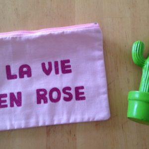 coeur, rose, pochette, maman cactus, classe, fait main, cousu main, indémodable, message, rigolote, nana au top, wax, zippée