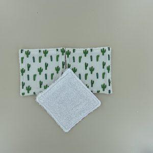 lingettes lavable Maman Cactus idéales pour se demaquiller ou nettoyer les fesses de bébé.